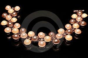 Pearlsbracelet Royalty Free Stock Images - Image: 24004949