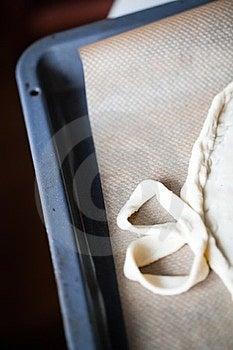 Baking Pan Pizza Royalty Free Stock Photo - Image: 24010095