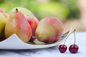 Plate With Pears Royalty Free Stock Image - Image: 24077776