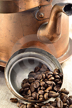 Coffee Beans Inside The Pot Lid Stock Images - Image: 24103934