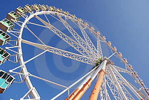Big Wheel Attraction Stock Photos - Image: 24183213