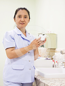 Nurse Rub The Hands Dry Stock Images - Image: 24480624