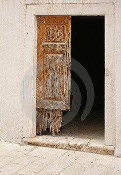 Old Door Free Stock Images