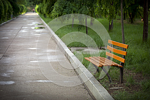 An Empty Bench Royalty Free Stock Photos - Image: 25050718
