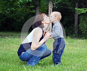 Love Of Mother To Child Royalty Free Stock Photo - Image: 25141345