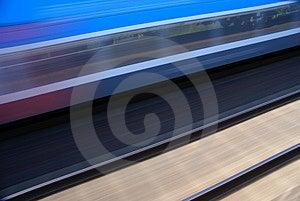 Trein In Motie Royalty-vrije Stock Afbeeldingen - Afbeelding: 2535359