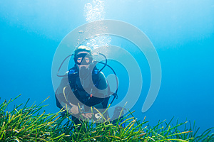 Female Scuba Diver Royalty Free Stock Photo - Image: 25331625