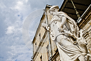 Sens De Statue Photo stock - Image: 25553280