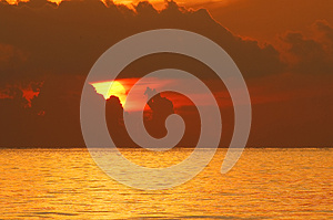 Sunrise Over Ocean Royalty Free Stock Image - Image: 25592346