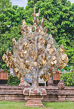 The Golden Tree In Thai Temple Stock Images - Image: 25630944