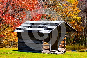 Log Cabin Stock Image - Image: 25895781