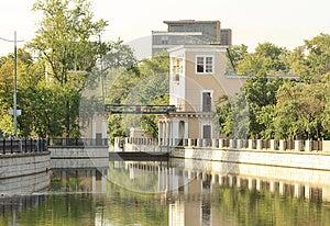 River Sluice Stock Image - Image: 25924621