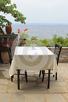 Local Greek Taverna Royalty Free Stock Images - Image: 26595889