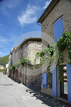 House In The Provence Royalty Free Stock Images - Image: 26639869