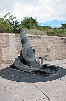 Cannone Dell'annata Alla Fortificazione Desoto Fotografia Stock Libera da Diritti - Immagine: 26815557