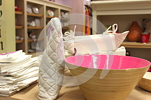 Kitchen Glove And Bowl Royalty Free Stock Photos - Image: 26820378