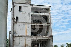 Demolition Of A Building Stock Photo - Image: 27313510