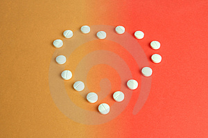 Píldoras En Forma De Corazón Fotos de archivo - Imagen: 2746433
