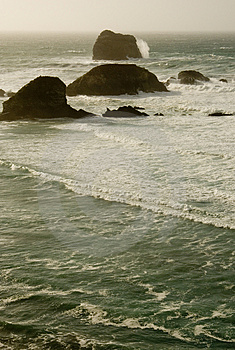 Large Waves At Big Sur Royalty Free Stock Photography - Image: 2757077