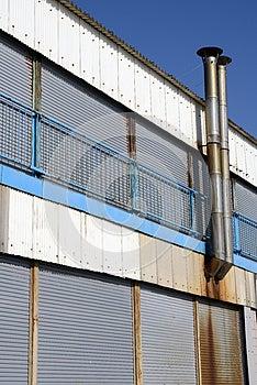 Oude Roestige Raffinaderij Royalty-vrije Stock Foto's - Afbeelding: 28262688