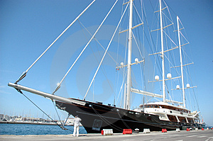 Yacht Royalty Free Stock Photo - Image: 2835635