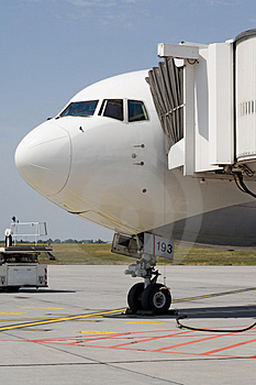 Aircraft On The Ground Royalty Free Stock Photography - Image: 2954627