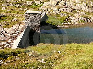 Dam And Water Reflection #1 Stock Photography - Image: 3002052