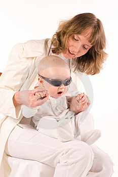 Baby On Mothers Hands Royalty Free Stock Images - Image: 3020229