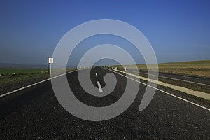 Asphalt Road Fotografie Stock - Immagine: 30475703