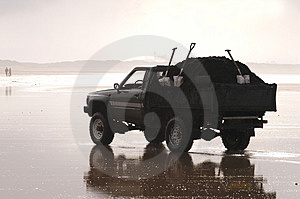 Beach Jeep Royalty Free Stock Images - Image: 317909