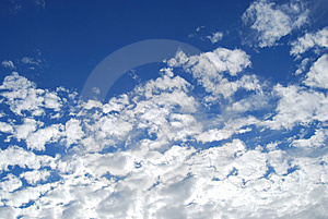 Fluffy Sky Royalty Free Stock Photos - Image: 3250518