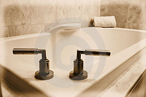 Simple White Bathtub Royalty Free Stock Image