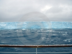 Antartica Iceberg Stock Photos - Image: 3298263