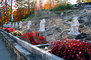 Garden Statues Royalty Free Stock Photography - Image: 337657