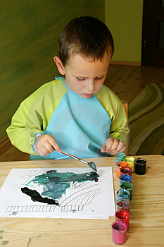 Child painting Free Stock Photo