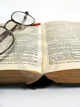 Open book Free Stock Photo