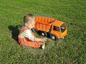 Παιχνίδι αγοριών Στοκ Φωτογραφία - εικόνα: 3364702