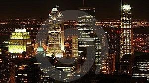 Paisaje de la ciudad de Montreal, en la noche.