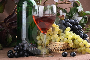 Wine composition Red wine