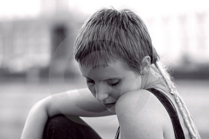 Sad girl in the city Free Stock Images