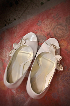 White Wedding Shoes Royalty Free Stock Photos - Image: 3936368