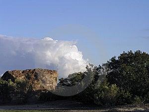 Skała i chmura Zdjęcie Royalty Free