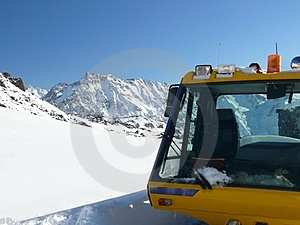 The Vehicle At Ski Resort Stock Photo - Image: 4005250