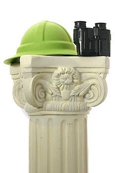 Adventure Hat And Binoculars On Pedestal Stock Images - Image: 4066744