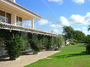 Portugal Villa Royalty Free Stock Photography - Image: 4112837