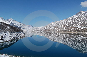 Lake Royalty Free Stock Photography - Image: 4183467