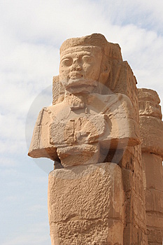 Statues Of Ramses Royalty Free Stock Image - Image: 4188566