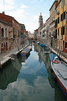 A Canal Of Venice Stock Images - Image: 4281554