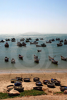 Fisher's Boats In Ocean Stock Images - Image: 4383394