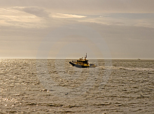 Pilot Boat At Dawn Stock Images - Image: 4435044